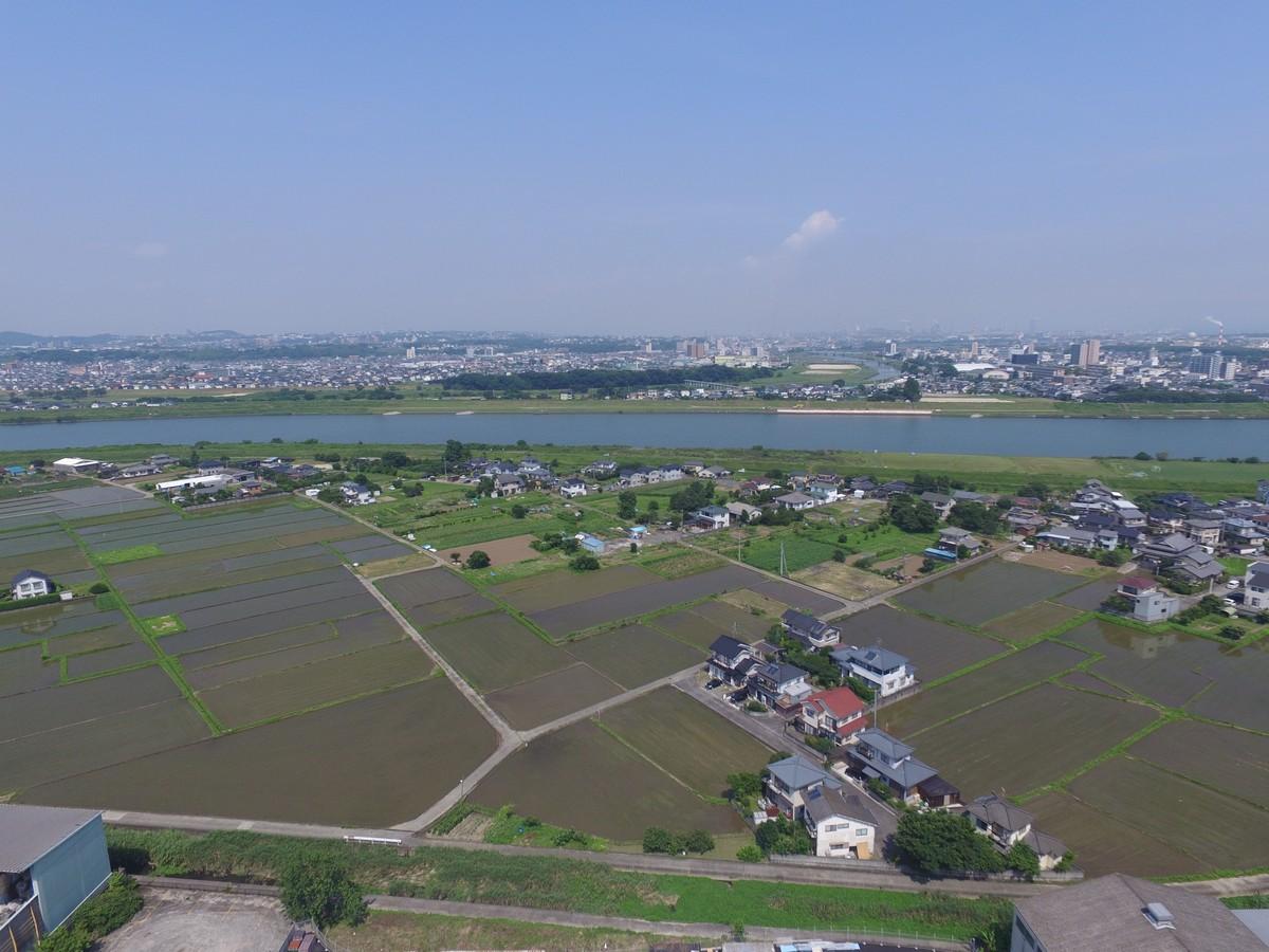 本社上空より大野川を望む航空写真